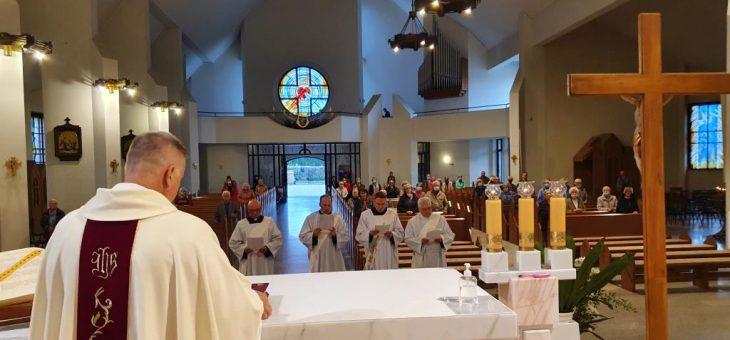 Wyznanie wiary diakonów Ogólnopolskiego WSD dla osób starszych przed święceniami
